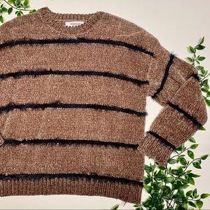 Workshop Fuzzy Sweater (S)